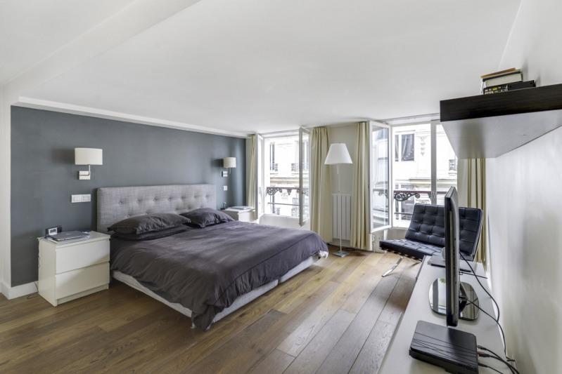 Deluxe sale apartment Paris 10ème 998000€ - Picture 7