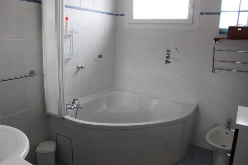 Sale house / villa Langon 228000€ - Picture 7