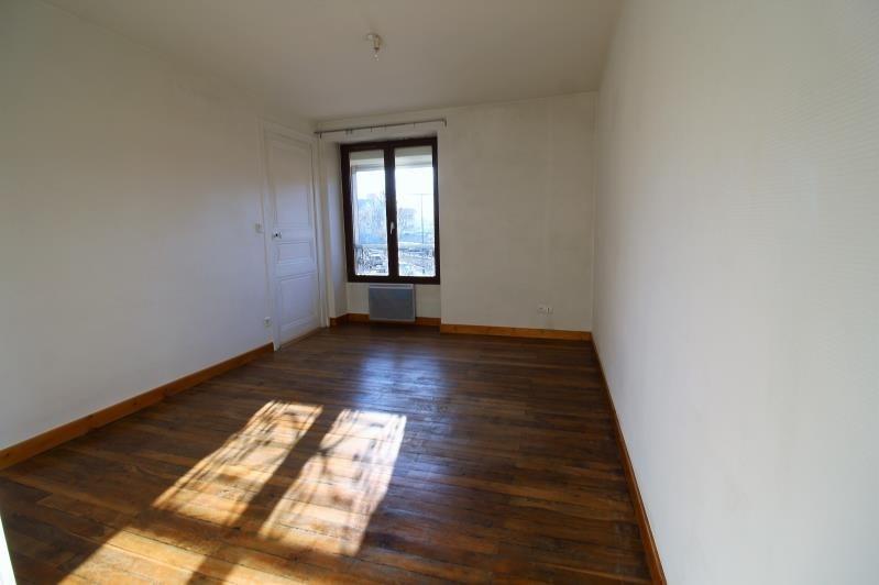 Sale apartment Voiron 124000€ - Picture 2