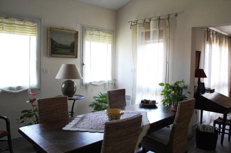 Sale apartment Villeneuve les avignon 304 000€ - Picture 4