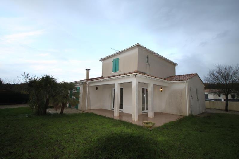 Location maison / villa L eguille 950€ CC - Photo 1