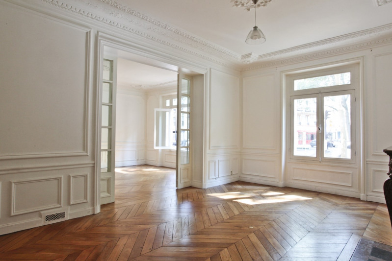 Deluxe sale apartment Paris 7ème 1 395 000€ - Picture 1