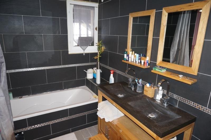 Sale house / villa Chuzelles 299000€ - Picture 10