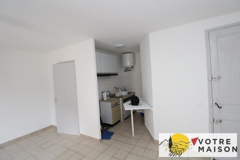 Rental apartment St chamas 320€ CC - Picture 4