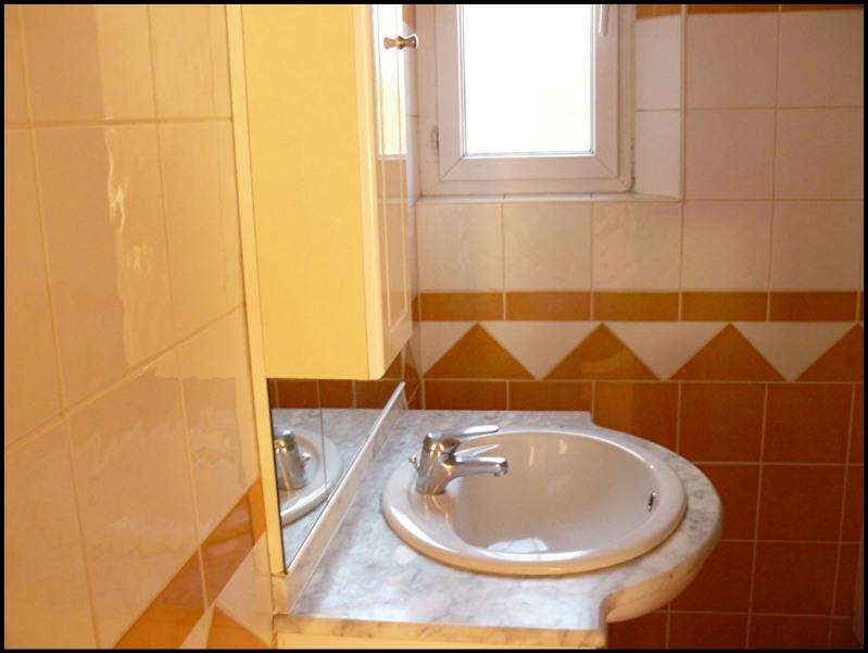 Location appartement Aix en provence 840€ CC - Photo 8