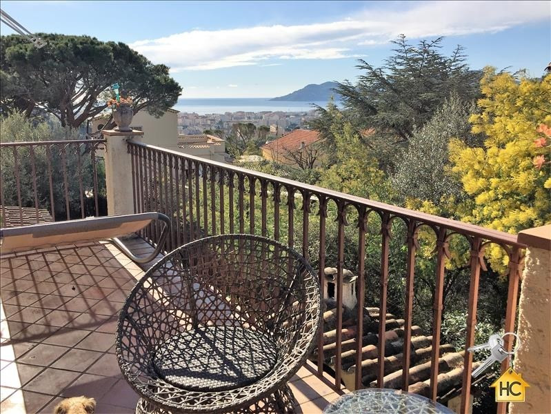 Sale apartment Cannes 477 000€ - Picture 1