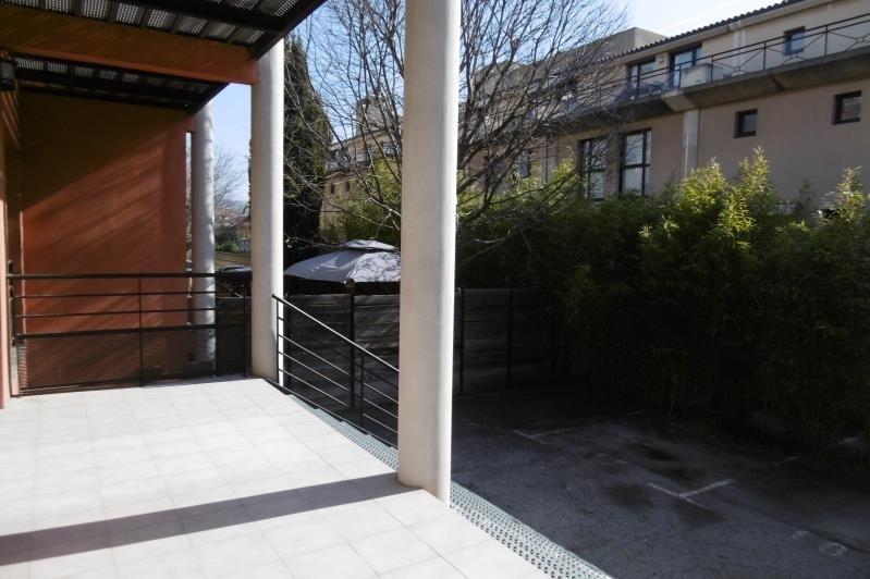 Rental house / villa Aix en provence 2257€ CC - Picture 2