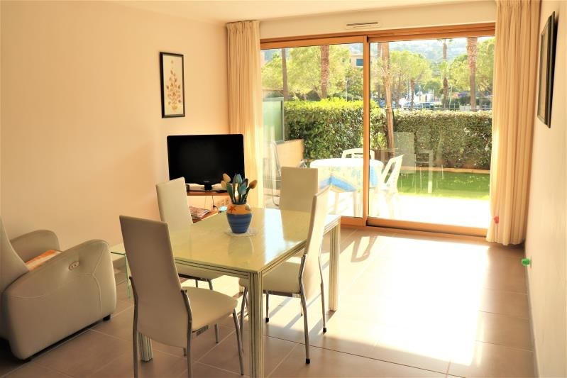 Sale apartment Cavalaire sur mer 419 000€ - Picture 2