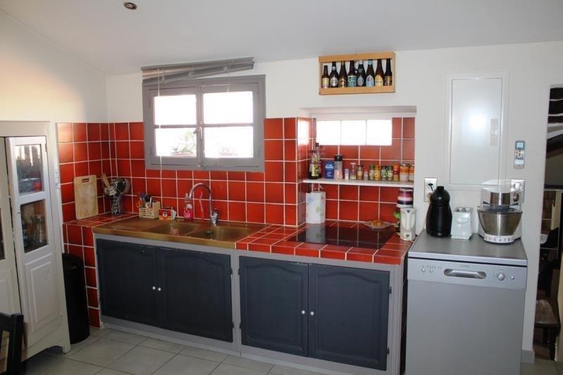 Rental apartment Villeneuve les avignon 750€ CC - Picture 4