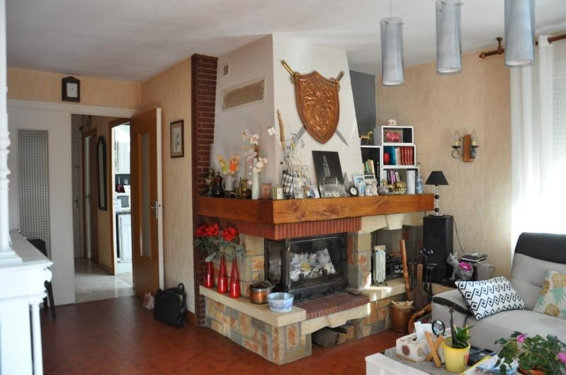 Sale house / villa Izernore 268 000€ - Picture 2