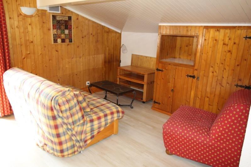 Rental apartment Passy 598€ CC - Picture 2