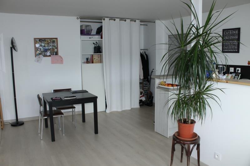 Rental apartment Pontoise 830€ CC - Picture 2
