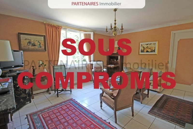 Sale apartment Le chesnay 250 000€ - Picture 1
