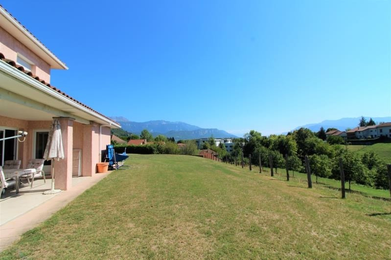 Rental house / villa Voiron 1 621€ CC - Picture 3