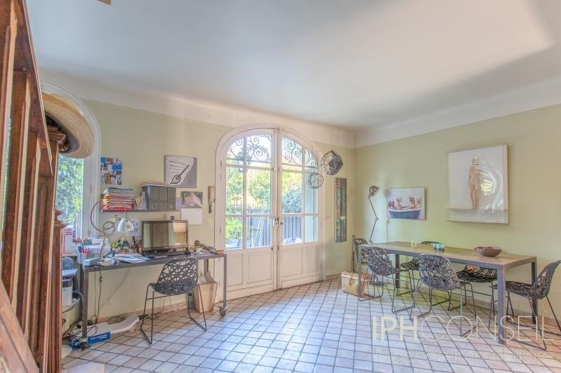 Deluxe sale house / villa Neuilly sur seine 2390000€ - Picture 2