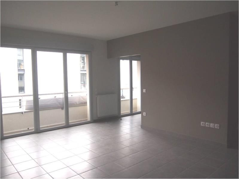Rental apartment Pau 870€ CC - Picture 2