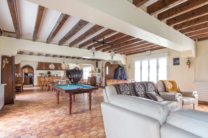 Sale house / villa Bouhet 441000€ - Picture 1