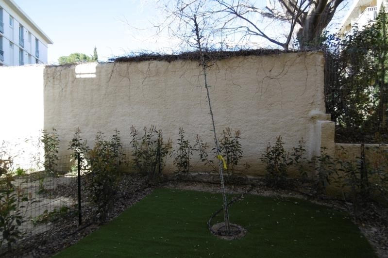 Rental apartment Aix en provence 700€ CC - Picture 1
