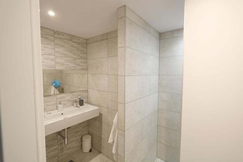 Investment property apartment Strasbourg 340000€ - Picture 7