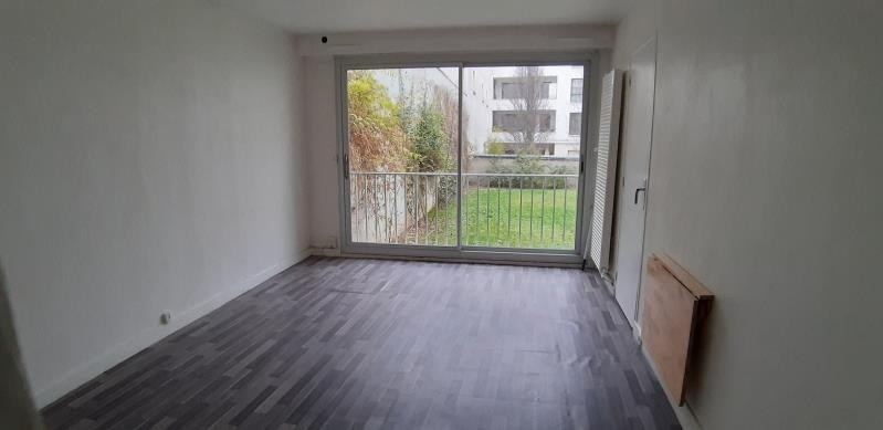 Alquiler  apartamento Paris 18ème 860€ CC - Fotografía 1