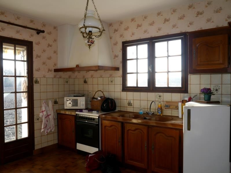 Sale house / villa Mortagne sur gironde 117700€ - Picture 2