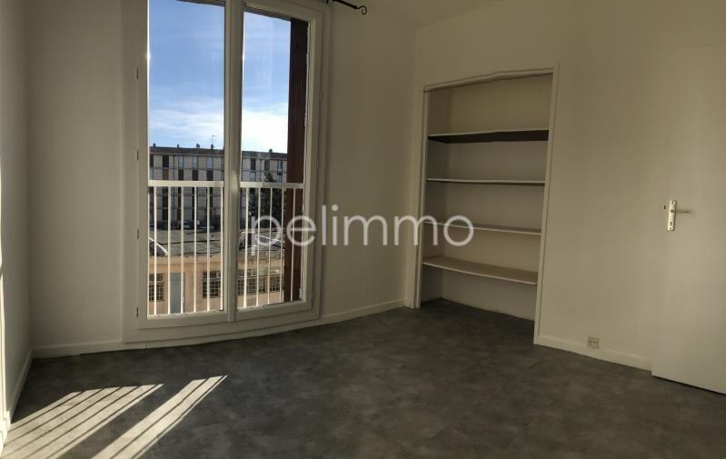 Rental apartment Salon de provence 665€ CC - Picture 2