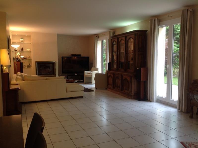 Sale house / villa Voisins le bretonneux 696800€ - Picture 2