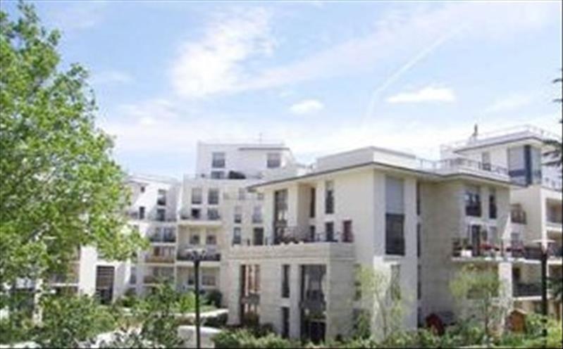 Location appartement Elancourt 646€ CC - Photo 1