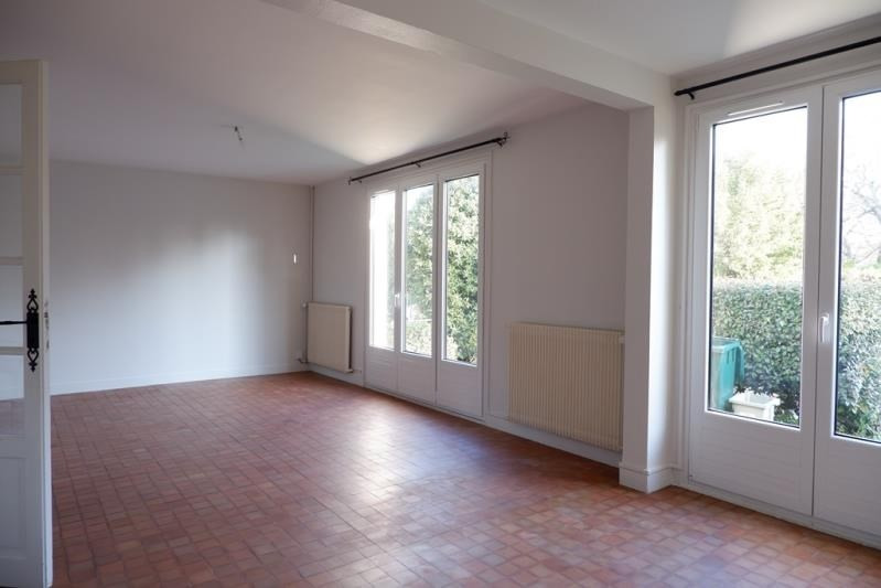 Location maison / villa Maisons-laffitte 2 132€ CC - Photo 2