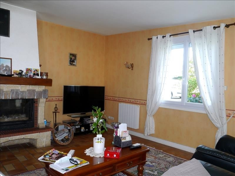 Vente maison / villa Gemozac 363000€ - Photo 3