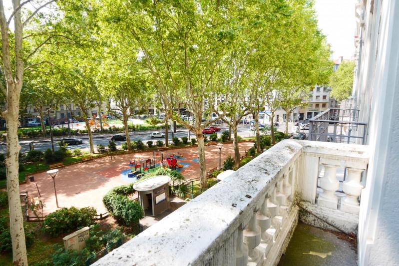 Deluxe sale apartment Lyon 3ème 660000€ - Picture 10