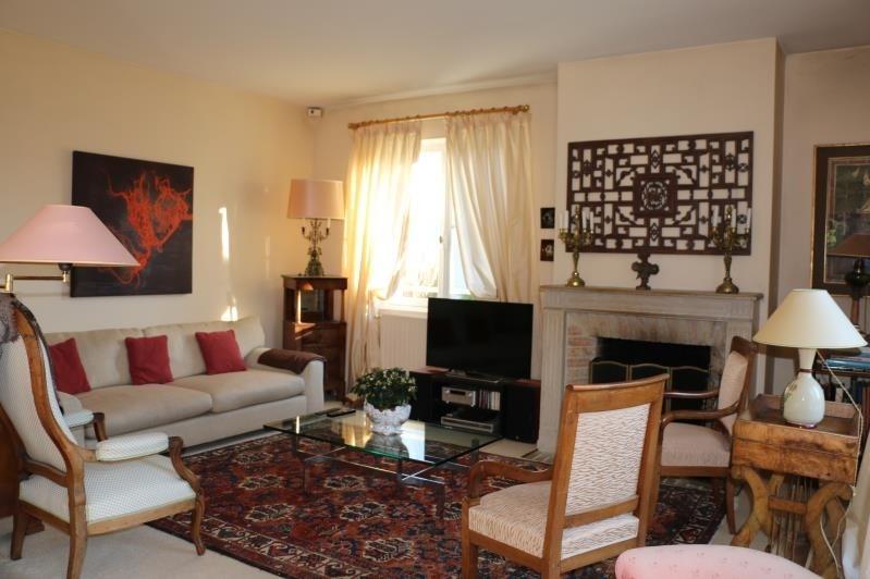 Sale house / villa St nom la breteche 840000€ - Picture 2