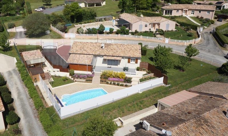 Sale house / villa Lembras 238000€ - Picture 1