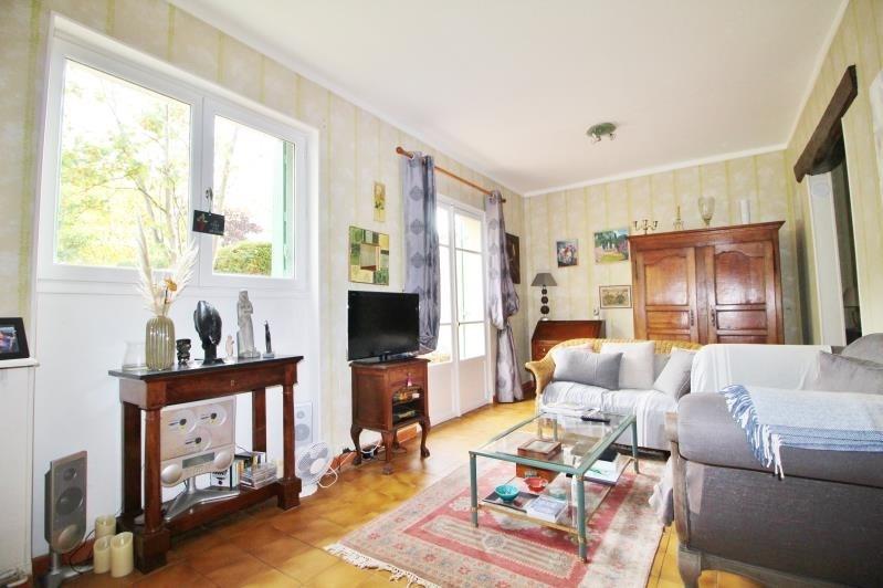 Sale house / villa Le pecq 710000€ - Picture 4