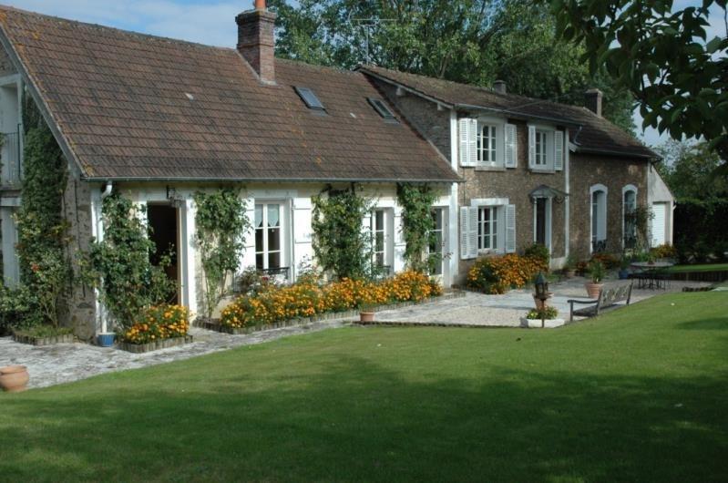 Deluxe sale house / villa 4 min montfort l'amaury 695000€ - Picture 1