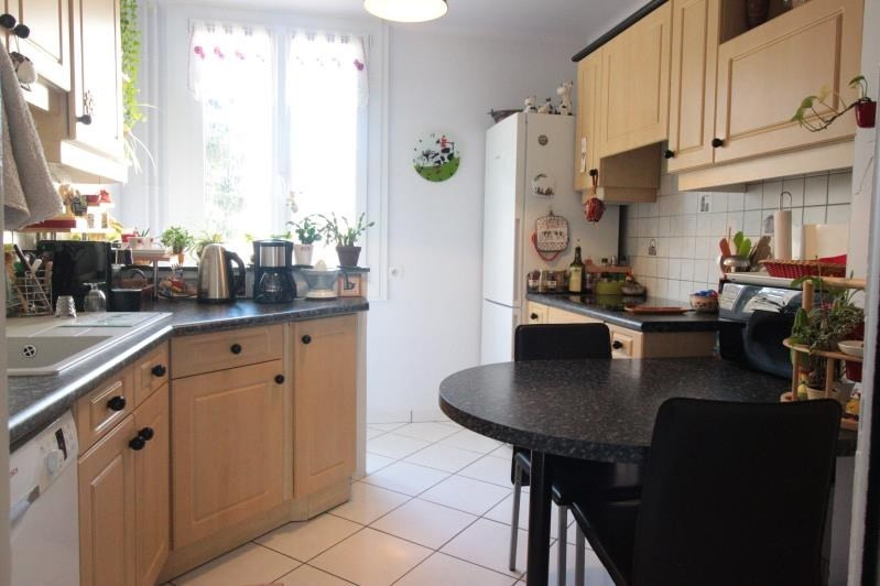 Sale apartment Annecy 338000€ - Picture 2