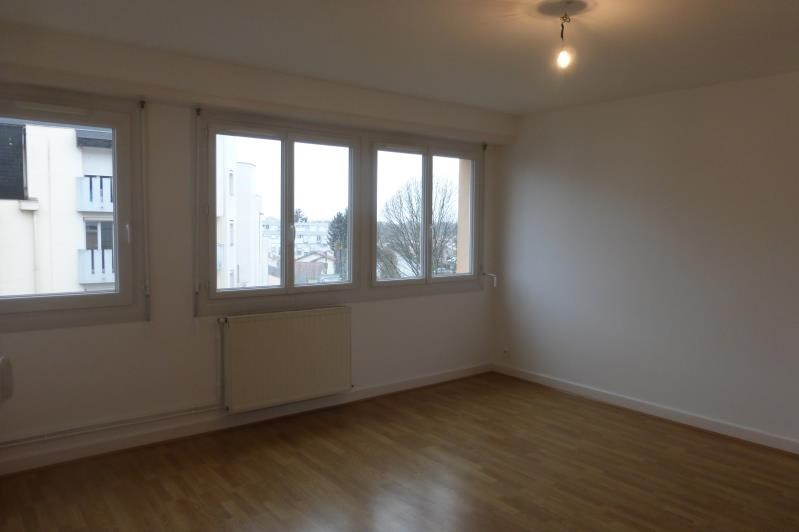 Sale apartment Pau 76 500€ - Picture 1