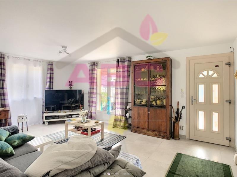 Sale house / villa Trets 355000€ - Picture 2