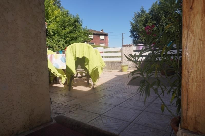 Sale apartment Auberives sur vareze 175 000€ - Picture 2