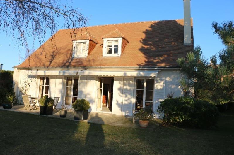 Sale house / villa St nom la breteche 840000€ - Picture 1