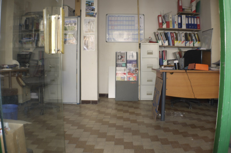 Rental empty room/storage Marseille 10ème 315€ HC - Picture 2