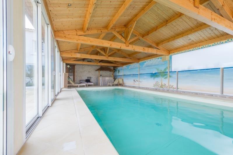 Sale house / villa Bouhet 441000€ - Picture 2