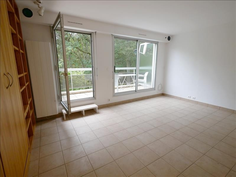 Locação apartamento Garches 758€ CC - Fotografia 1