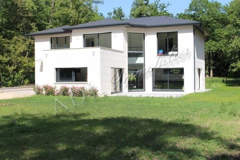 Deluxe sale house / villa Lamorlaye 1350000€ - Picture 1
