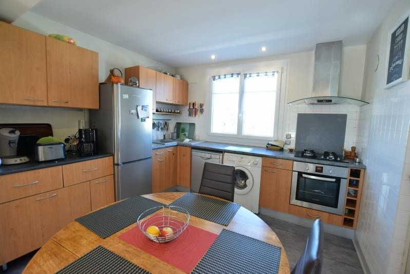 Sale apartment Billere 129000€ - Picture 2