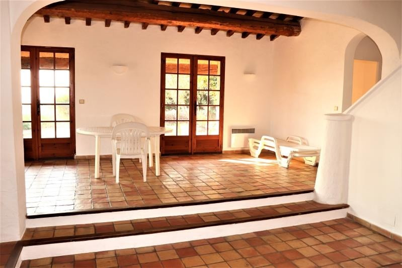 Deluxe sale house / villa Cavalaire sur mer 599000€ - Picture 3