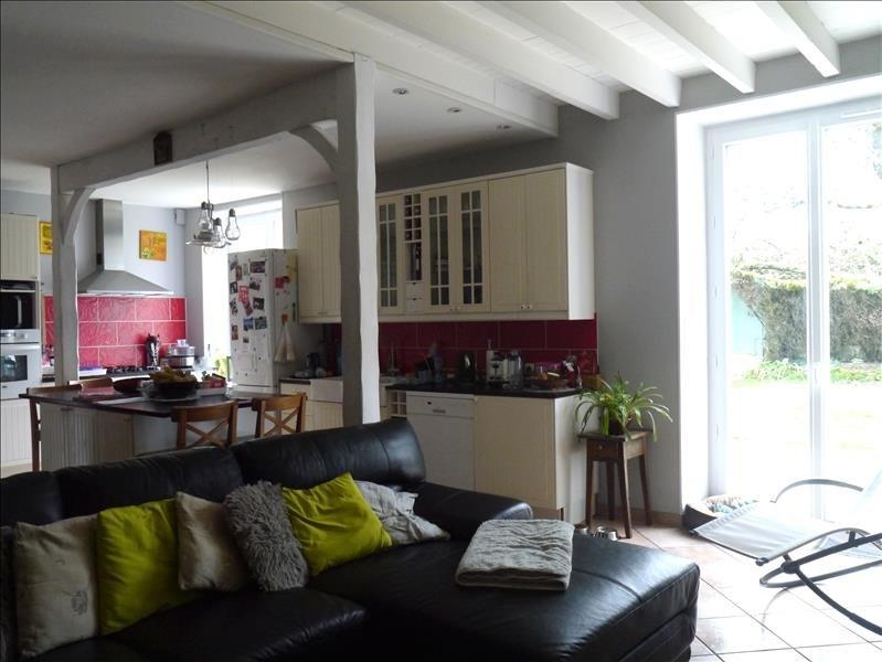 Sale house / villa Gemozac 259160€ - Picture 3