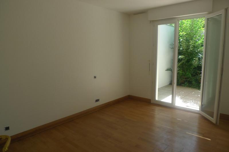 Rental apartment Saint-jean-de-luz 870€ CC - Picture 4