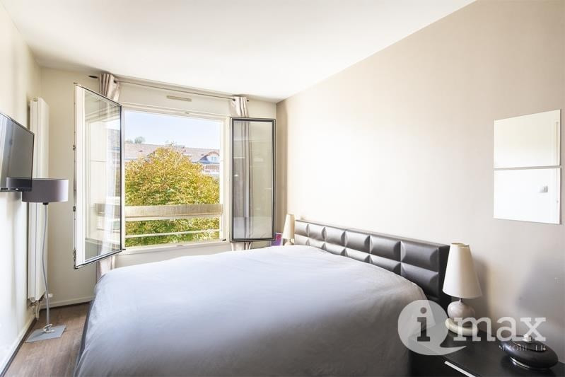 Deluxe sale apartment Levallois perret 1 050 000€ - Picture 2