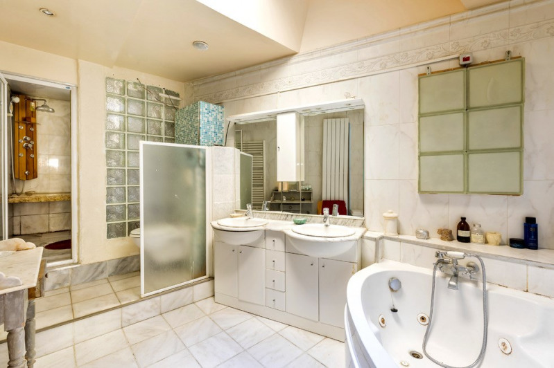 Sale apartment Paris 18ème 660000€ - Picture 6